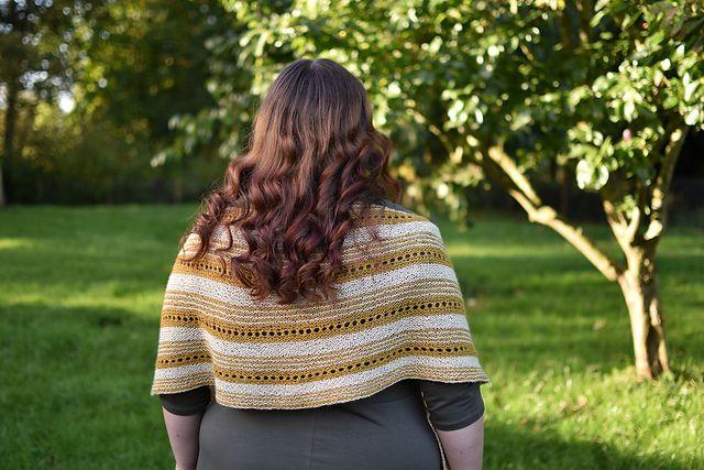 cornhill shawl Lana Box