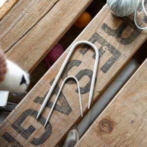 Agujas auxiliares para cables y trenzas en forma de U